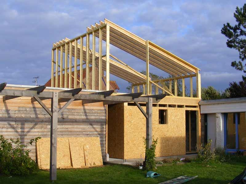 Extension en bois floret fr res maisons en ossature bois for Agrandissement ossature bois toit plat